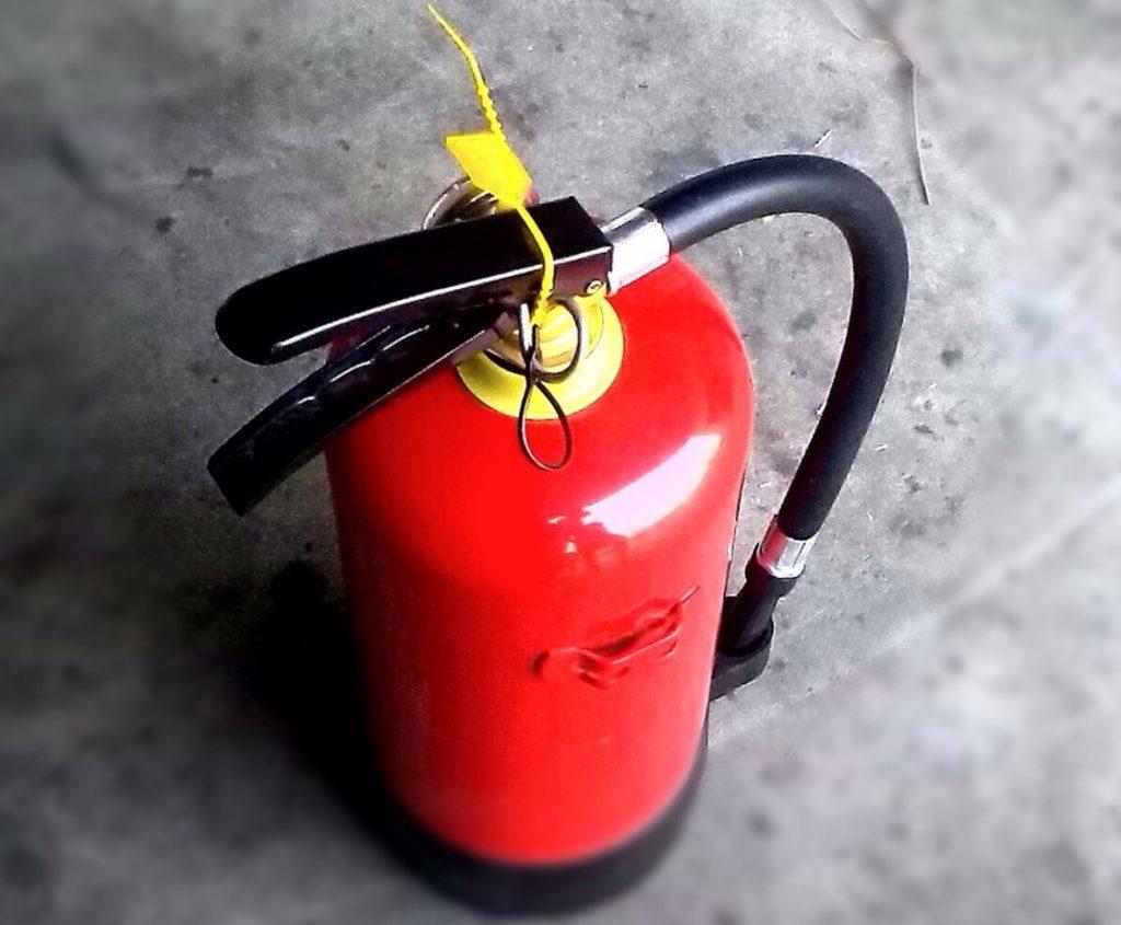 כמה עולה לבדוק מטף כיבוי אש